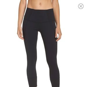 Zella | Black Moonlight Midi High Rise Legging